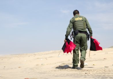 ICE promete vasculhar mais locais de trabalhos em busca de indocumentados em 2018